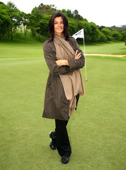 Golf tournament: Karen Minier girlfriend of David Coulthard