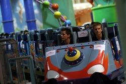 Cosmos World Theme Park, Kuala Lumpur: Johnny Reid and Nico Hulkenberg on a rollercoaster