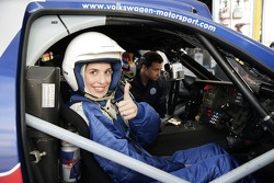 Volkswagen Motorsport test at Strandkai Beach Resort, Hamburg: Taxi drive with Elene Uhlig