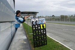 Pit board of Shinya Nakano
