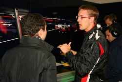 Sébastien Bourdais talks with Nicloas Todt