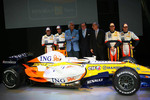 Ricardo Zonta, Nelson A. Piquet, Flavio Briatore, Michel Tilmant, Chairman of the Executive Board of ING, Alain Dassas, President Renault F1 Team, Giancarlo Fisichella and Heikki Kovalainen