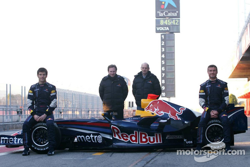 Christian Horner fait appel à DromEd & l1onel pour Redbull Racing F1-red-bull-racing-rb3-launch-barcelona-2007-david-coulthard-mark-webber-christian-horner