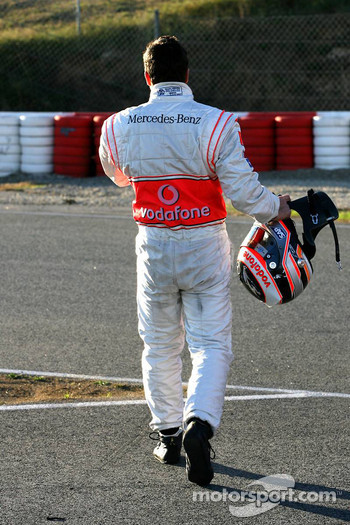 Fernando Alonso stopped on track