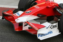 Toyota Racing front wing