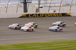 Matt Kenseth and David Stremme battle
