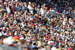 Las Vegas fans watch the end of the race