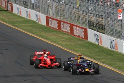 David Coulthard, Red Bull Racing, RB3 overtaken by Felipe Massa, Scuderia Ferrari, F2007