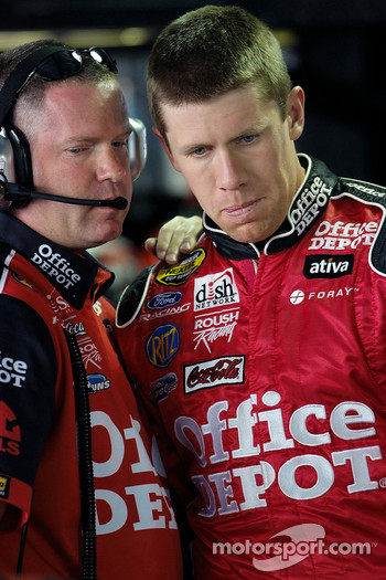 Crew chief Bob Osborn and Carl Edwards
