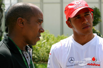 Anthony Hamilton, Father of Lewis Hamilton, with Lewis Hamilton, McLaren Mercedes