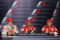 Press conference: pole winner Felipe Massa with Fernando Alonso and Kimi Raikkonen