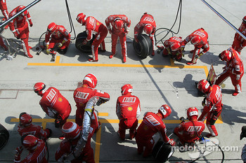 Scuderia Ferrari ready for a pitstop