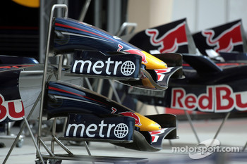 Red Bull Racing nose cones and front wings