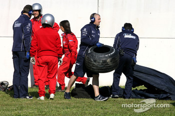 Nico Rosberg, WilliamsF1 Team crashed quite badly