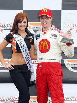 Face of Champ Car Lauren Gardner and winner Sébastien Bourdais