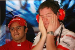 Felipe Massa, Scuderia Ferrari and Rob Smedly,, Scuderia Ferrari, Track Engineer of Felipe Massa