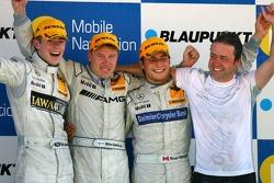 Podium: Mika Hakkinen, Team HWA AMG Mercedes, Paul di Resta, Persson Motorsport AMG Mercedes, Bruno Spengler, Team HWA AMG Mercedes Far right: Gerhard Ungar, Chief Designer AMG