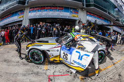 Pit stop for #26 Marc VDS Racing BMW Z4 GT3: Augusto Farfus, Jörg Müller, Nicky Catsburg, Dirk Adorf