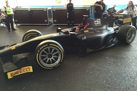 Pirelli GP2 car 18-inch tyre test