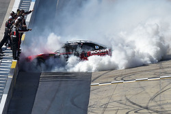 Race winner Chris Buescher, Roush Fenway Racing Ford celebrates