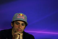 Carlos Sainz Jr., Scuderia Toro Rosso in de FIA-persconferentie