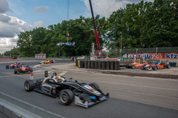 Charles Leclerc, Van Amersfoort Racing Dallara Volkswagen; Pietro Fittipaldi, Fortec Motorsports Dallara Mercedes-Benz