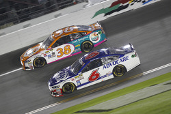 David Gilliland, Front Row Motorsports Ford and Trevor Bayne, Roush Fenway Racing Ford