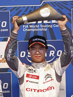 Race winner Ma Qing Hua, Citroën C-Elysée WTCC, Citroën World Touring Car team