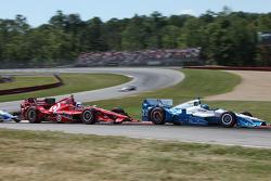 Simon Pagenaud, Team Penske Chevrolet and Scott Dixon, Chip Ganassi Racing Chevrolet