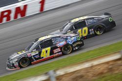 A.J. Allmendinger, JTG Daugherty Racing Chevrolet and Landon Cassill, Hillman Circle Sport LLC Chevrolet