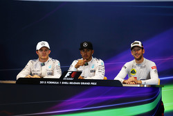 The FIA Press Conference,: Nico Rosberg, Mercedes AMG F1, second; Lewis Hamilton, Mercedes AMG F1, race winner; Romain Grosjean, Lotus F1 Team, third