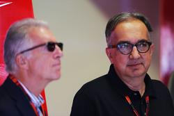 Piero Ferrari, vicepresidente de Ferrari con Sergio Marchionne,