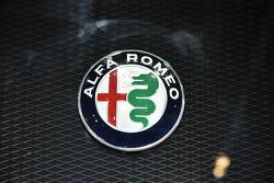 Le retour d'Alfa Romeo en sport auto reste étudié par Ferrari    Automotive-frankfurt-international-motor-show-2015-alfa-romeo-logo