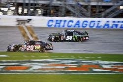Matt Kenseth, Joe Gibbs Racing Toyota and Kyle Busch, Joe Gibbs Racing Toyota