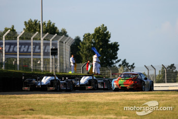 Race action at Porsche curve