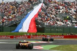 Heikki Kovalainen, Renault F1 Team, R27, Ralf Schumacher, Toyota Racing, TF107