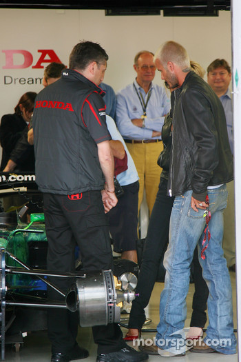 Nick Fry, Honda Racing F1 Team, Chief Executive Officer, David Beckham