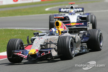 David Coulthard, Red Bull Racing, RB3 and Nico Rosberg, WilliamsF1 Team, FW29