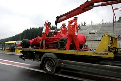 Felipe Massa, Scuderia Ferrari, F2007, returned to the pitlane after stopping on track