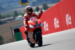 Loris Capirossi celebrates second place