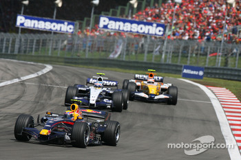 Mark Webber, Red Bull Racing, RB3 and Alexander Wurz, Williams F1 Team, FW29