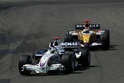 Nick Heidfeld, BMW Sauber F1 Team and Giancarlo Fisichella, Renault F1 Team