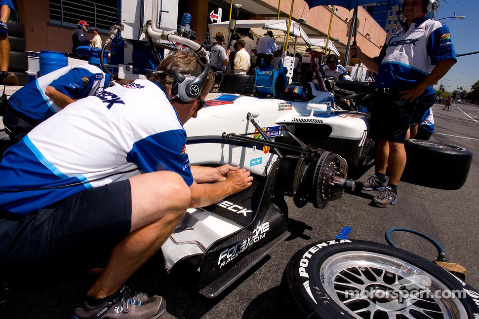 Paul Tracy's crew making changes to front wing