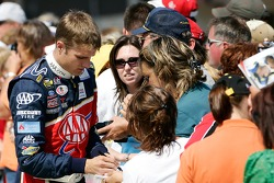 David Ragan signs autographs