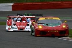 #83 GPC Sport Ferrari F430 GT: Luca Drudi, Gabrio Rosa, Johnny Mowlem, #27 Horag Racing Lola B05/40-Judd: Fredy Lienhard, Didier Theys, Eric van de Poele