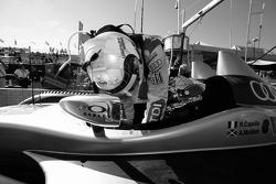 Rinaldo Capello and Allan McNish practice drivers change