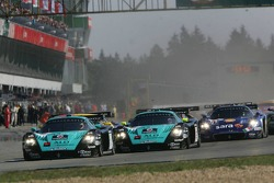 Start: #1 Vitaphone Racing Team Maserati MC 12: Michael Bartels, Thomas Biagi takes the lead