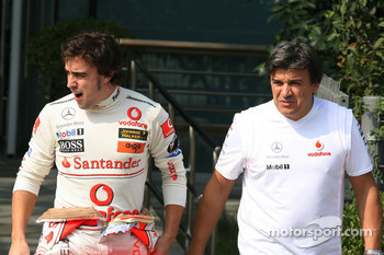 Fernando Alonso, McLaren Mercedes and Fabrizio Borra, Physiotherapist of Fernando Alonso