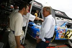 Jacques Villeneuve with his manager Craig Pollock