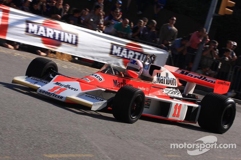1976: McLaren M23D